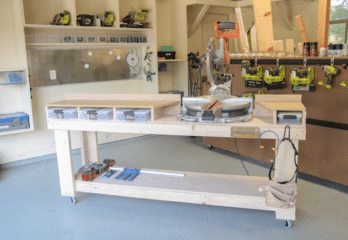 Top 10 Best Rolling Workbenches in 2019 Review