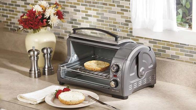 top 9 best toaster ovens under 100 review december 2018. Black Bedroom Furniture Sets. Home Design Ideas