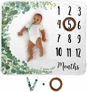 #6- Novo Baby Baby Milestone Blanket