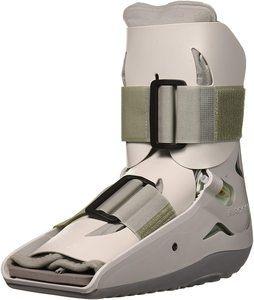 #4. Aircast Short Pneumatic (SP) Walking Boot