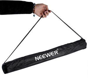 #9. Neewer 7Ft 210cm Fotografie Foto-Studio-Licht Stativ...