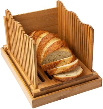 6. Comfify Foldable Bamboo Bread Slicer