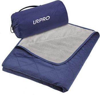 #8. URPRO Waterproof Warm Fleece Outdoor Blanket